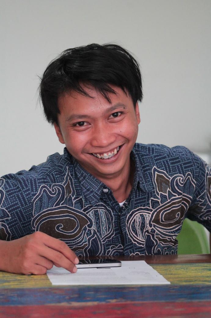 Randy Gondo – Divisi Hukum